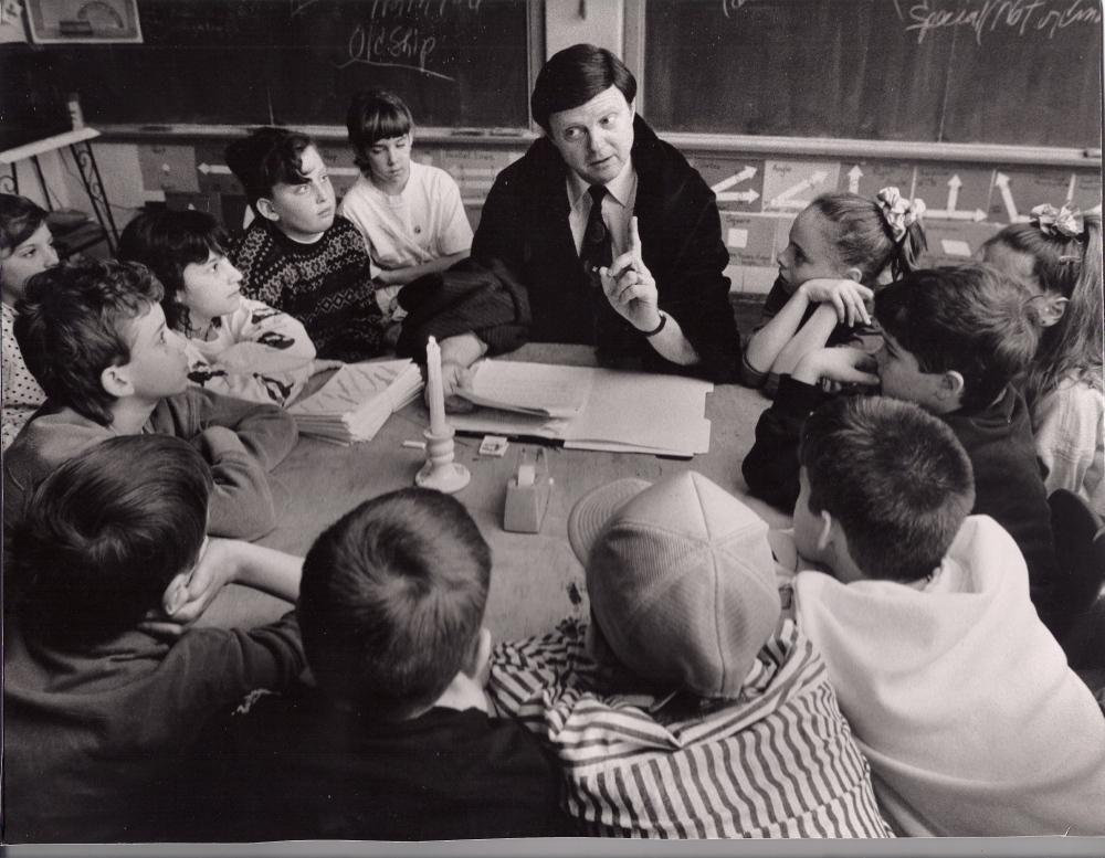 SCAN0001 (8) Joe Teaching 5th graders